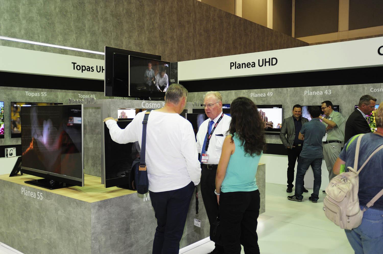 Metz Topas und Planea UHD TV jetzt mit HDR