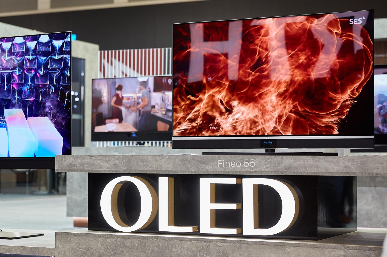 Metz Fineo OLED TV