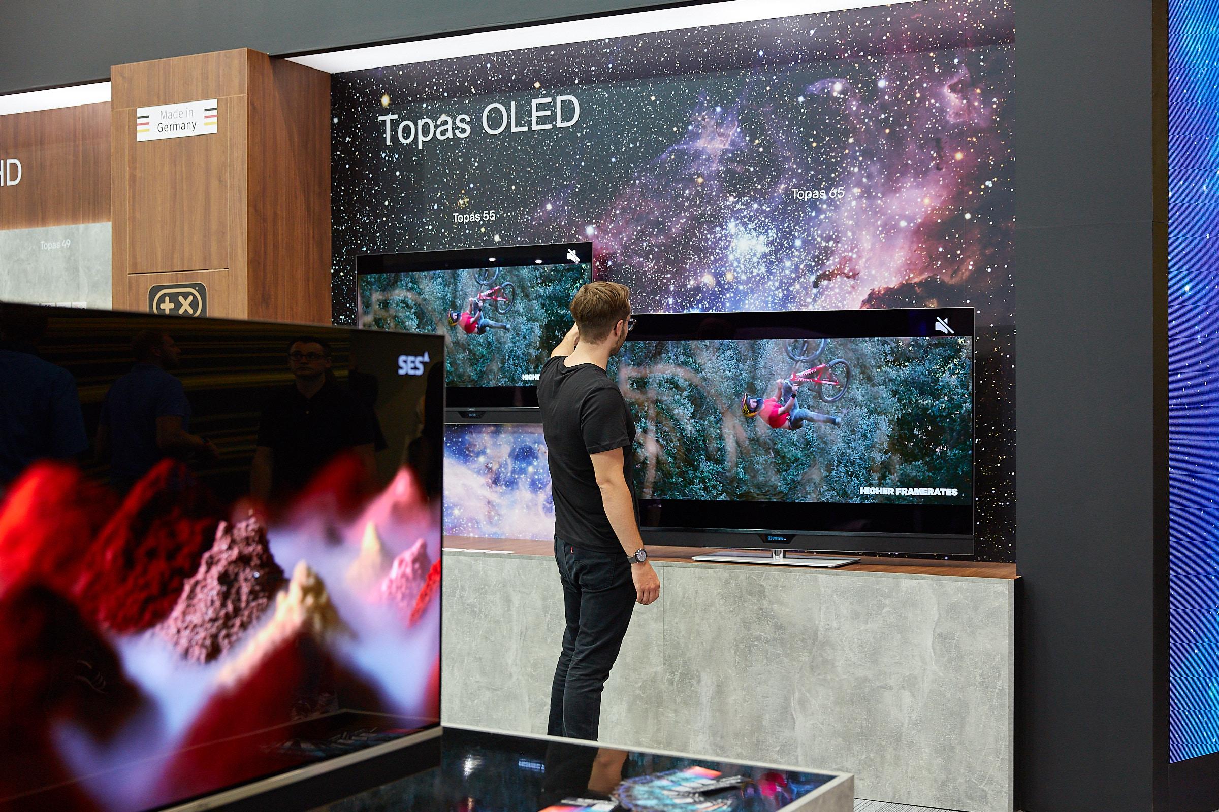 Metz Topas OLED UHD 4K TV