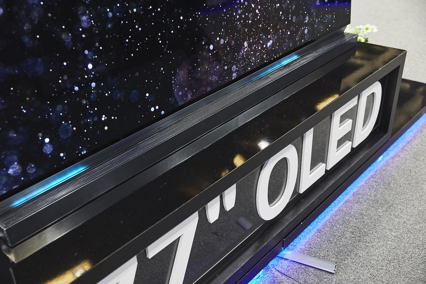 Metz OLED TV 77 Zoll