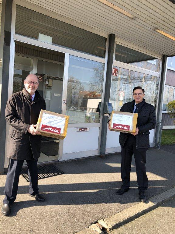Corona: Metz spendet Schutzmasken